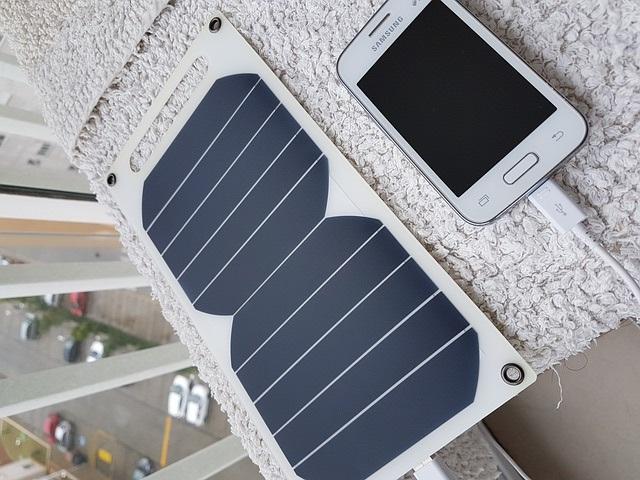 Vybíráme solární nabíječku – Recenze 10 nejlepších